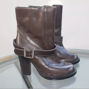 CHLOE LEATHER BUCKLE STRAP MOTO ANKLE BOOTS
